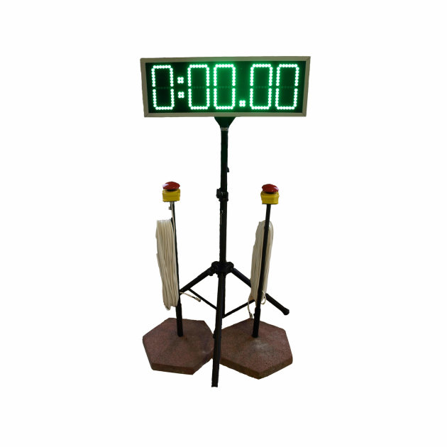 Electronic time measuring clock