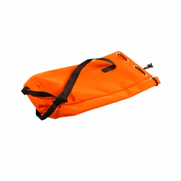 The bag is used to store and carry a fire climbing rope. A dynamic or static climbing rope can be placed in the bag.