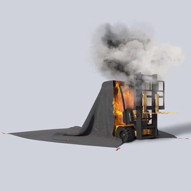 Forklift Fire Blanket PRO, the most efficient way to isolate and extinguish fire in forklifts, small vehicles and machines, even electric ones.