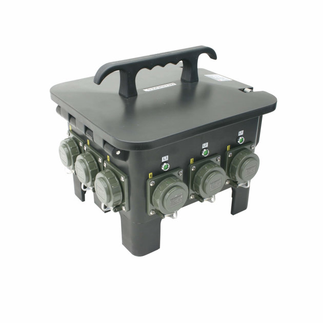 Power distributor with six power inputs, allows connection and operation with multiple devices on a single power source.